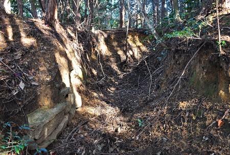 ホリノオ1号墳盗掘坑