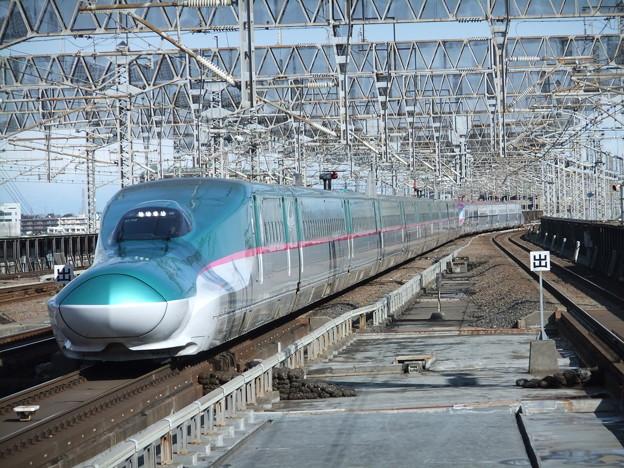 東北新幹線E5系 U19編成他17両編成