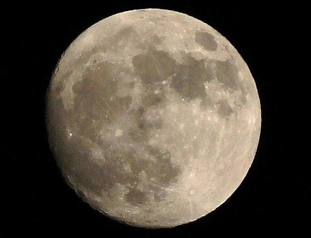 小望月 3 (月齢:13.7) 01:25