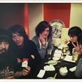 写真: 左から、ホームレス、吉井さ...