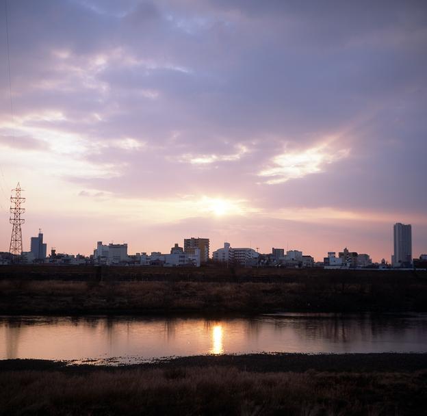 写真: 朝日の川