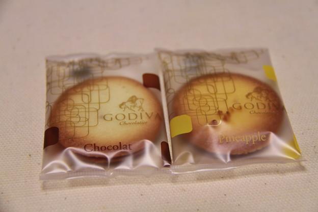 GODIVA Chocolat & Pineapple Cookie(ゴディバ ショコラ & パイナップル クッキー)