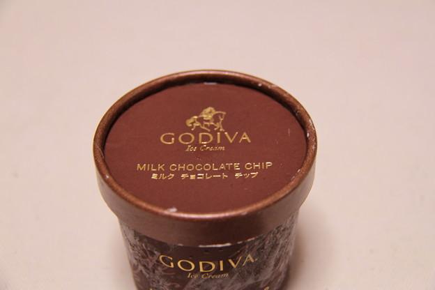 GODIVA Ice Cream MILK CHOCOLATE CHIP(ゴディバ アイス クリーム ミルク チョコレート チップ)