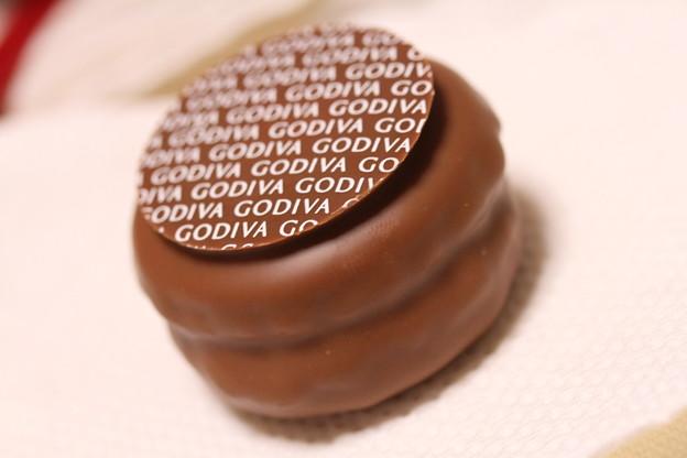 GODIVA MACARONS CHOCOLATS(ゴディバ マカロン チョコレート)マロン&ミルクチョコレート