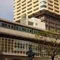 写真: 日暮里駅東口にて…