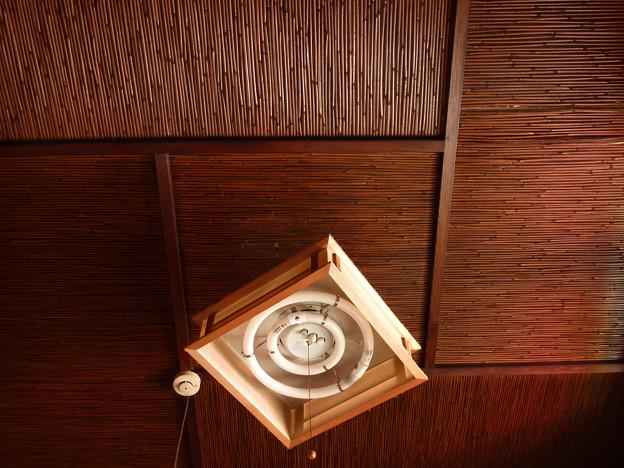 茶の間の天井