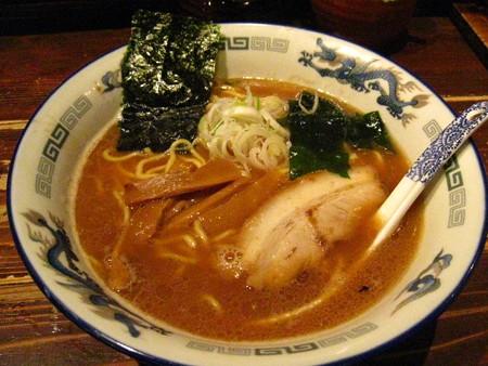 旭川醤油ラメ〜ン650円
