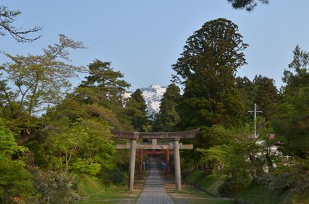 岩木山神社・二ノ鳥居