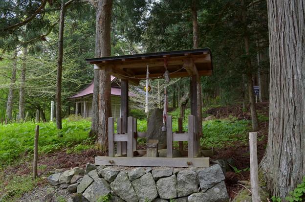 写真: 早池峰神社 大迫・古峯神社名碑