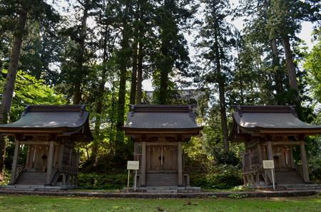 出羽神社 白山神社・思兼神社・八坂神社