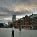 横浜赤レンガ倉庫から桜木町方面を臨む