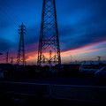 黄昏の鉄塔群