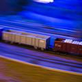 貨物列車通過