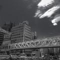 新宿駅南口の歩道橋