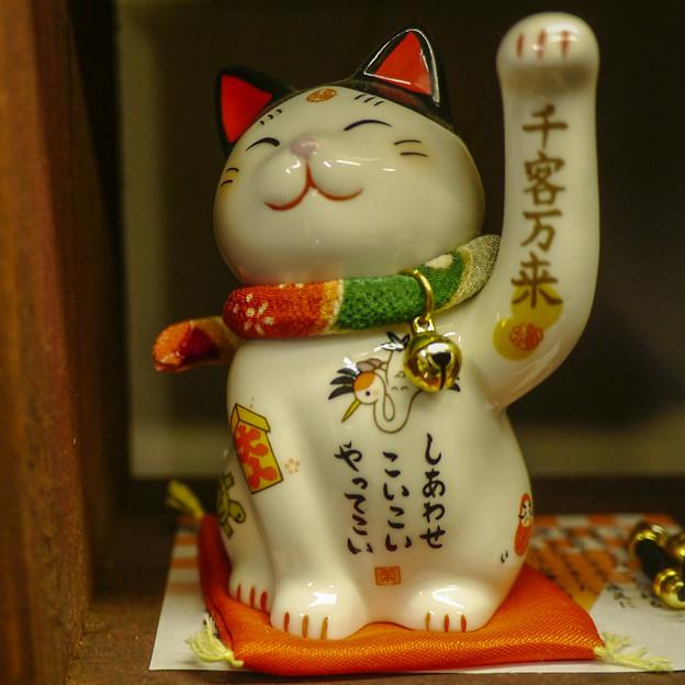 秩父で出会った左手挙げの招き猫1@左手挙げ招き猫25