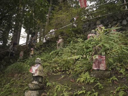 二番札所まで最後の階段@秩父霊場巡礼の旅2013