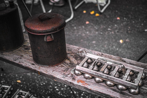 Photos: 何に使う道具か判る人いますか?@第四回東京蚤の市;2013秋