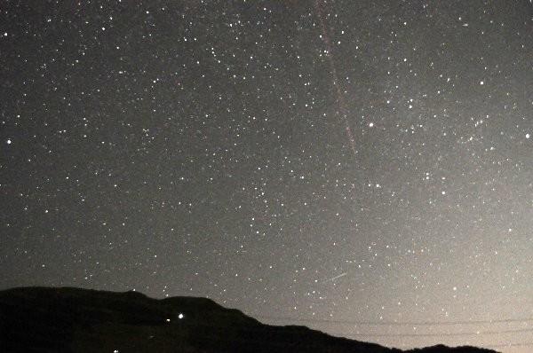 写真: ペルセウス座流星群 飛行機