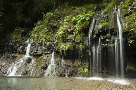 陣馬の滝 半景