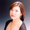 写真: 穴澤ゆう子 あなざわゆうこ 声楽家 オペラ歌手 メゾ・ソプラノ Yuko Anazawa