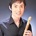 写真: 野崎剛右 のざきこうすけ リコーダー奏者  Koske Nozaki