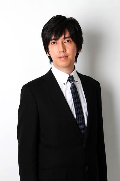 写真: 秋場敬浩 あきばたかひろ ピアノ奏者 ピアニスト        Takahiro Akiba