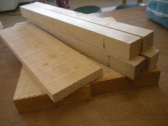 木工作品 スツール(1)
