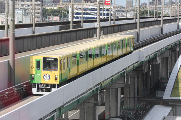 埼玉新都市交通1010系