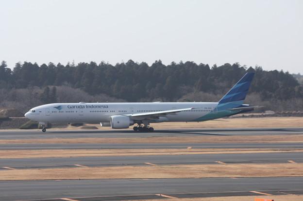 ガルーダインドネシア航空 ボーイング777 離陸