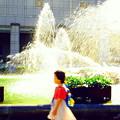 Photos: 噴水と女の子