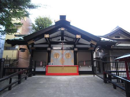 市守神社の正面