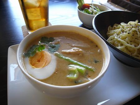 Tiki グリーンカレーつけ麺(夏季限定)ランチセットA アップ