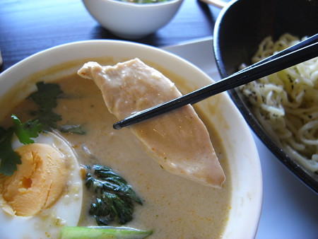 Tiki グリーンカレーつけ麺(夏季限定)ランチセットA 鶏肉アップ