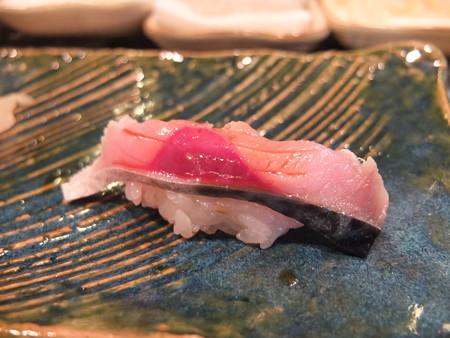 菊寿し しめ鯖の握り