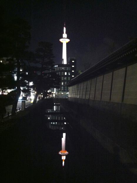 逆さ京都タワー