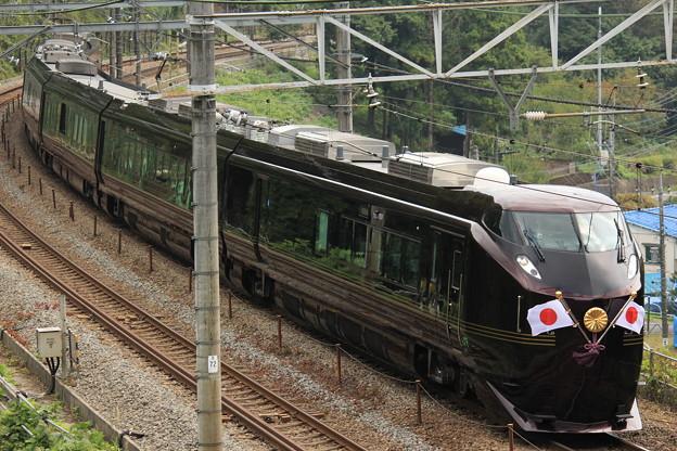 お召し列車 JR東日本E655系(なごみ)