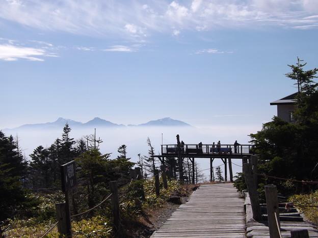 写真: 坪庭からの北岳・甲斐駒・仙丈ヶ岳
