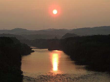 矢作川の朝日