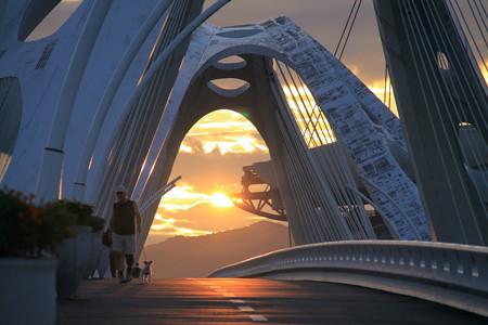 豊田大橋の朝日