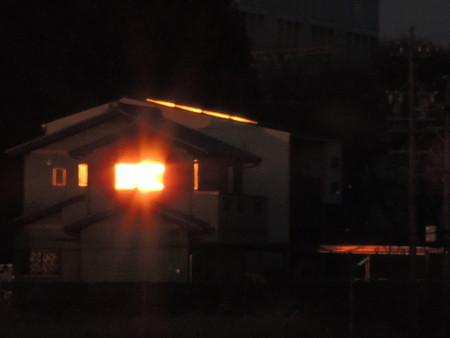 夕陽で炎上中!?