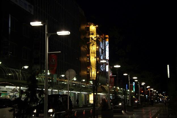 豊田市の夜景:駅前商店街