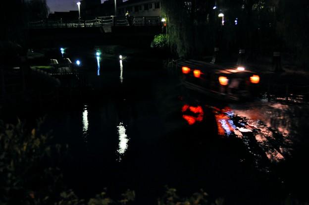 写真: 十石舟夜間運航
