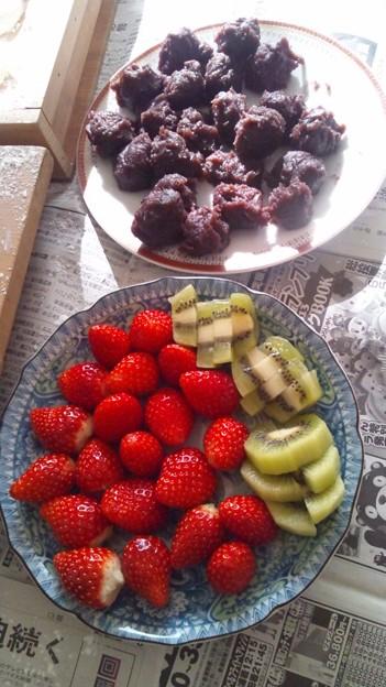 イチゴ大福とキウイ大福の材料