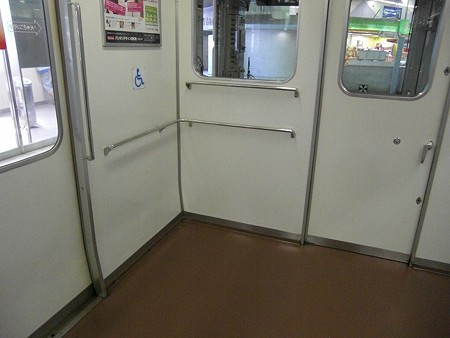 143-車椅子スペース