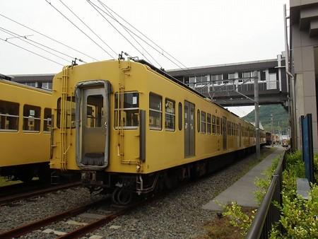 omi_Seibu301-3