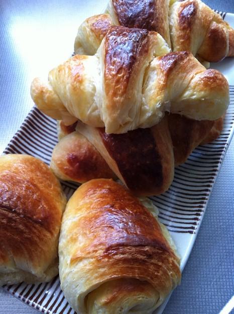 写真: クロワッサンとパンオショコラ