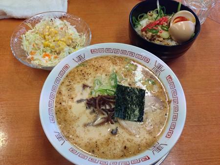 哲麺日替わり(醤油ラーメン)