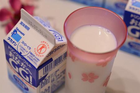 タカナシ乳業ドリンクヨーグルト『おなかへ GG!』 (4)