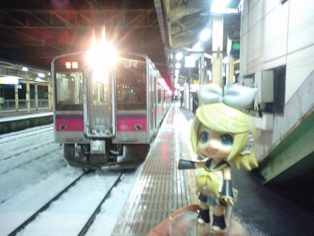 ではでは、青森行きの最終電車乗ります! ■大館  21:08 → 青森  22:38...