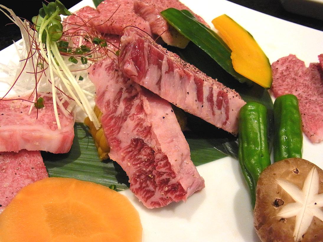 盛り合わせの肉3